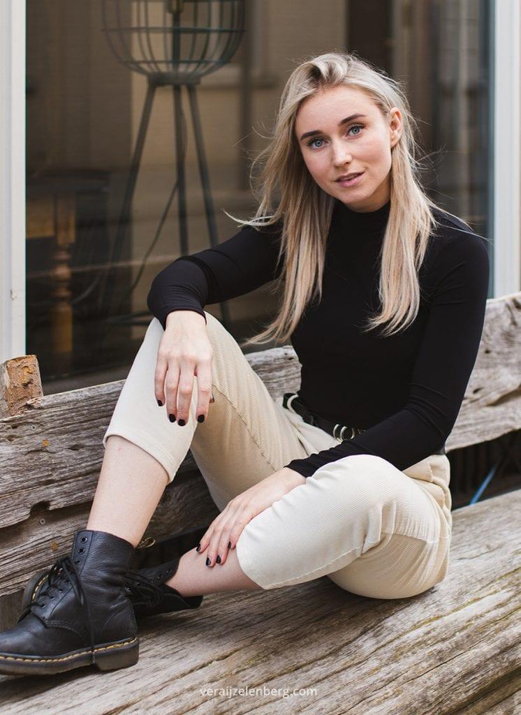 lifestyle fotografie met Emily Melis, fotografie door Vera IJzelenberg
